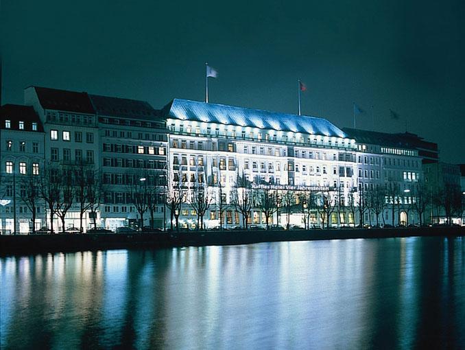 Fairmont Hotel Vier Jahreszeiten Restaurant Haerlin Hamburg