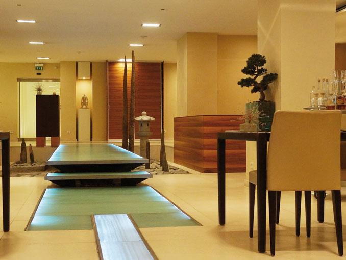 taku im excelsior hotel ernst k ln sternklasse. Black Bedroom Furniture Sets. Home Design Ideas